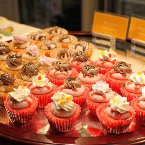 リラッサ(東京ドームホテル)のビュッフェ|カップケーキ