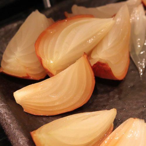 いちょう坂(品川プリンスホテル)のビュッフェ|皮付き玉葱のロースト