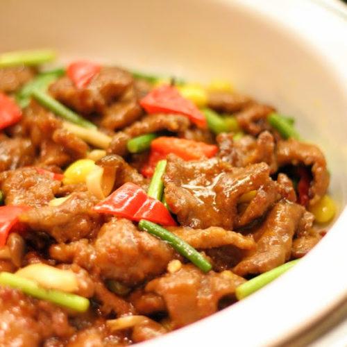 一休掲載|クロスダイン(ホテルメトロポリタン)のビュッフェ|牛肉の唐辛子炒め