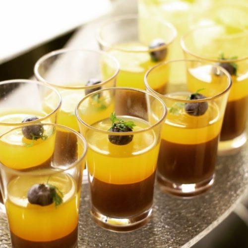 一休掲載|クロスダイン(ホテルメトロポリタン)のビュッフェ|オレンジゼリーとチョコのムース