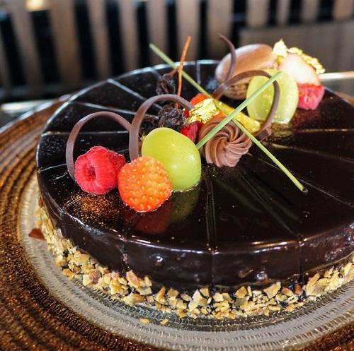 一休掲載|The Grill on 30th(グランドニッコー東京 台場)のビュッフェ|チョコレートムース