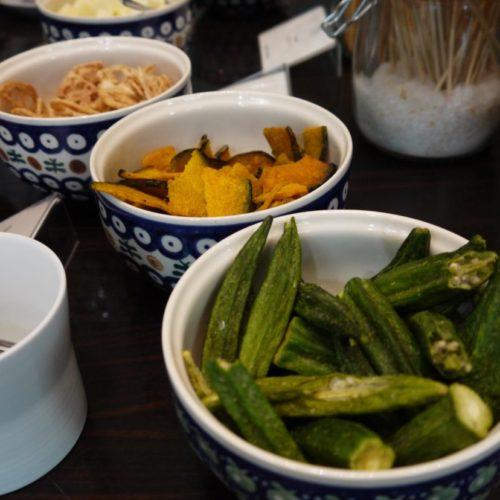 一休掲載|ヴェンタリオ(マンダリンオリエンタル東京)のビュッフェ|野菜チップス