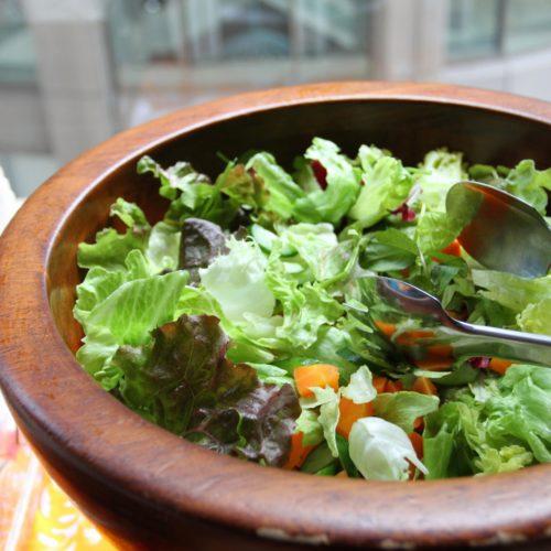 トレーダーヴィックス(ホテルニューオータニ)のビュッフェのサラダ
