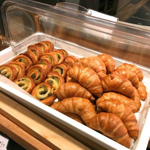 スクエアダイニング(エクセルホテル東急)のビュッフェのパン