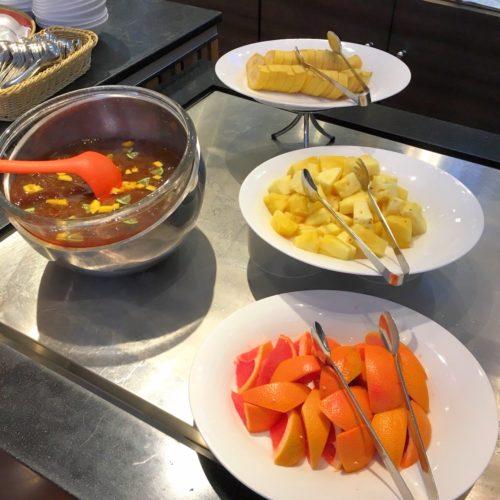 ラパランツァ(第一ホテルアネックス)のビュッフェのフルーツ