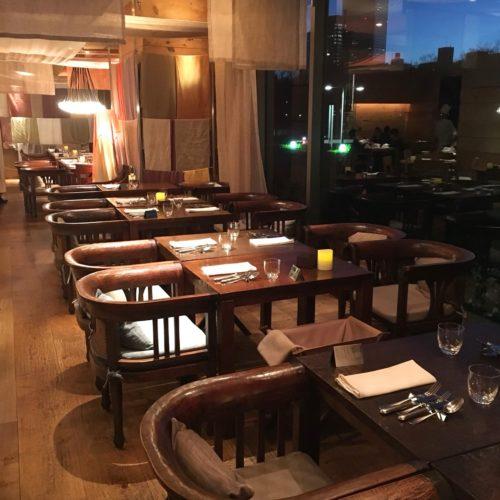 カフェ(ハイアットリージェンシー東京)のビュッフェの席3