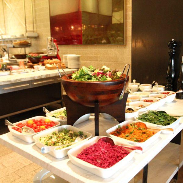 フレンチキッチン(グランドハイアット東京)のビュッフェのサラダコーナー