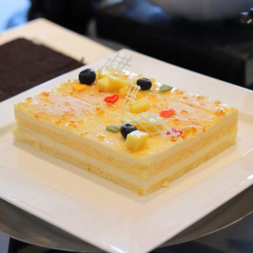 シースケープ(ヒルトン東京お台場)のビュッフェのレアチーズケーキ