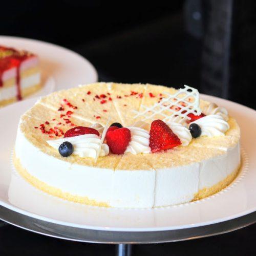 シースケープ(ヒルトン東京お台場)のビュッフェのレモンレアチーズケーキ