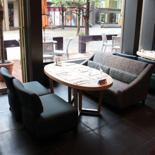 ベルテンポ(ホテルメトロポリタンエドモント)のビュッフェの席4