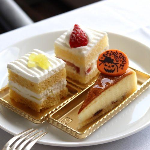 タワービュッフェ(ホテルニューオータニ)のビュッフェのケーキ