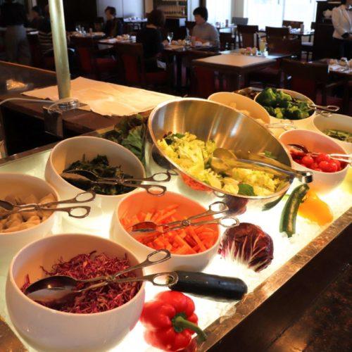 サール(帝国ホテル)のビュッフェのサラダコーナー