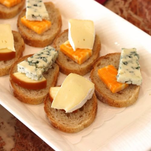 パラッツオ(ロイヤルパークホテル)のビュッフェのチーズ