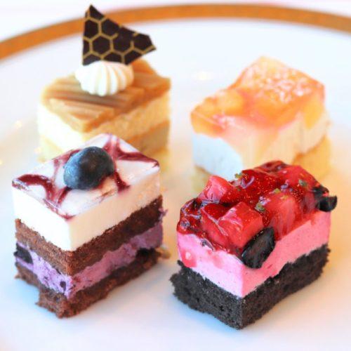 パラッツオ(ロイヤルパークホテル)のビュッフェのケーキ