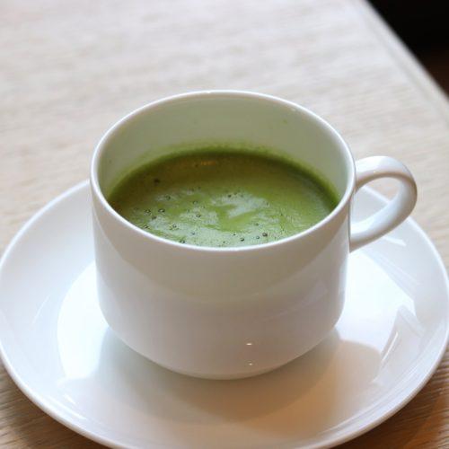 ハーモニー(ロイヤルパークホテル汐留)のビュッフェの抹茶オレ