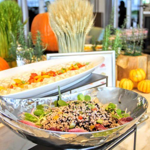 シースケープ(ヒルトン東京お台場)のビュッフェの黒米サラダ