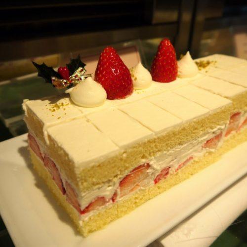 サール(帝国ホテル)のビュッフェの苺のショートケーキ