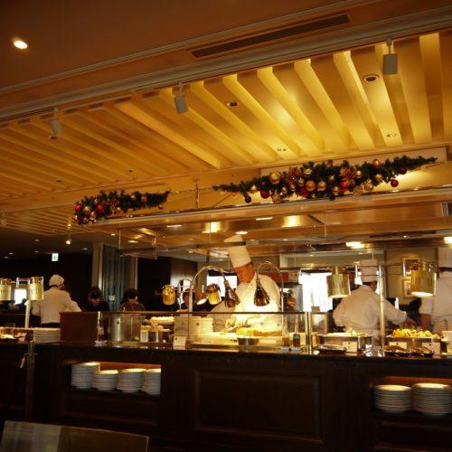 サール(帝国ホテル)のビュッフェのオープンキッチンの景色