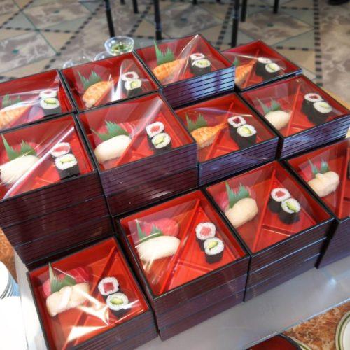 パラッツオ(ロイヤルパークホテル)のビュッフェの寿司1