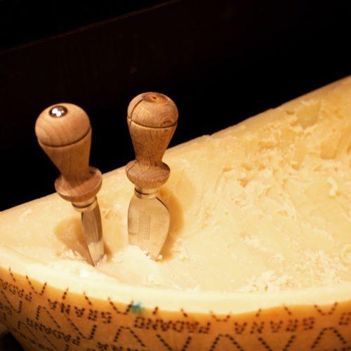 フェリオ(リーガロイヤルホテル東京)のビュッフェのチーズ