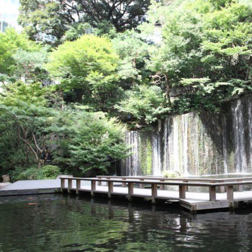 カナデテラス(ホテル雅叙園東京)のビュッフェの滝