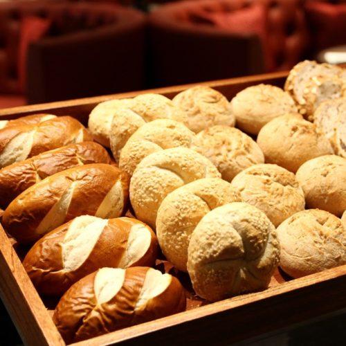 カナデテラス(ホテル雅叙園東京)のビュッフェのパン