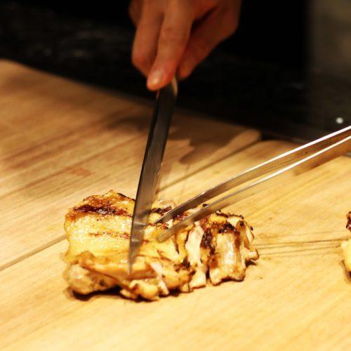 カナデテラス(ホテル雅叙園東京)のビュッフェの鶏もも肉