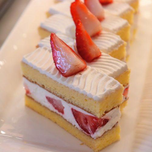 ポルト(東京プリンスホテル)のビュッフェのショートケーキ
