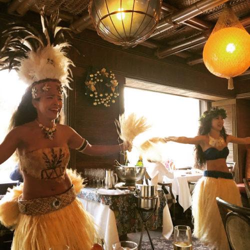 トレーダーヴィックス(ホテルニューオータニ)のビュッフェのダンサー