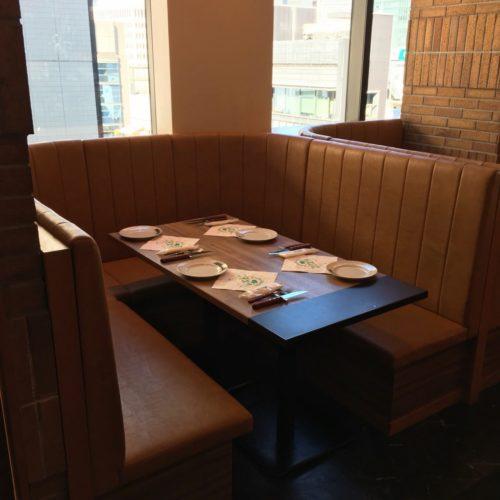 銀座のシュラスコ食べ放題のソファー席