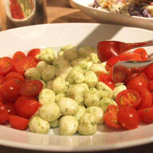 ハイアットリージェンシー『カフェ』のビュッフェのトマト
