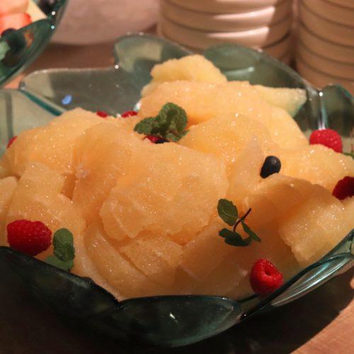 ハイアットリージェンシー『カフェ』のビュッフェのグレープフルーツ