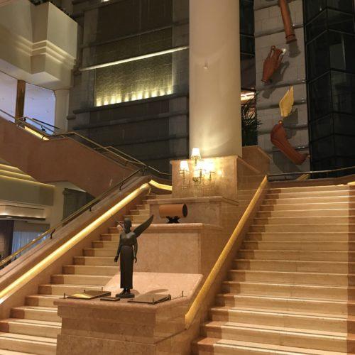 ヨコハマグランドインターコンチネンタルホテルの階段