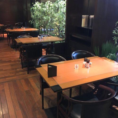 SATSUKIの席1