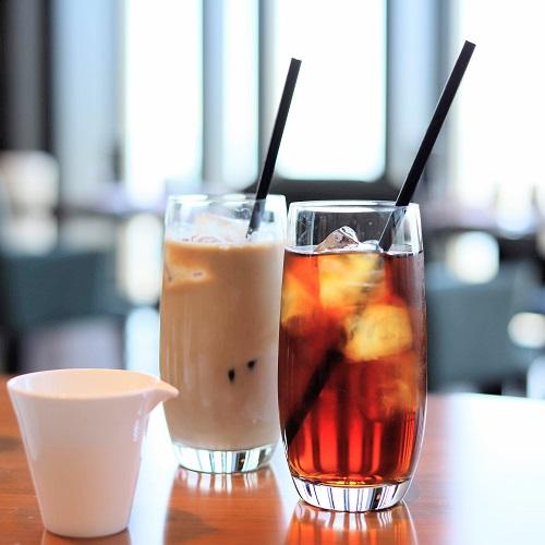 コンラッド大阪のストロベリースーツビュッフェ「コーヒー・紅茶」