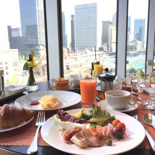 フォーシーズンズホテル丸の内東京の朝食の朝食ビュッフェ