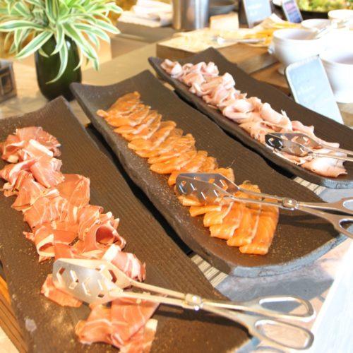 フォーシーズンズホテル丸の内東京の朝食の生ハム