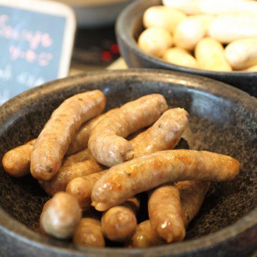 フォーシーズンズホテル丸の内東京の朝食の豚肉のソーセージ