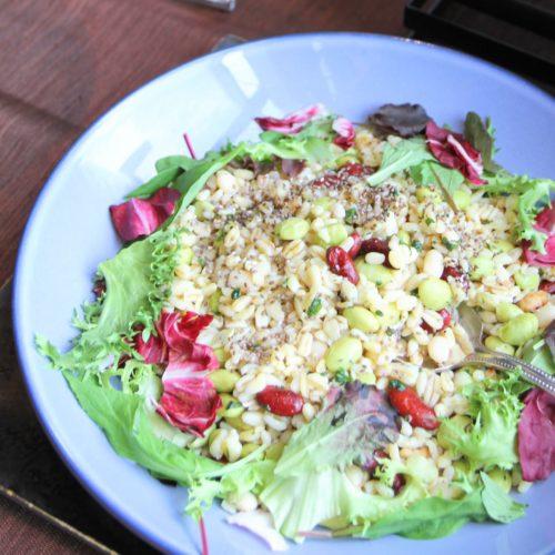 エブリ麦とチアシードのサラダ