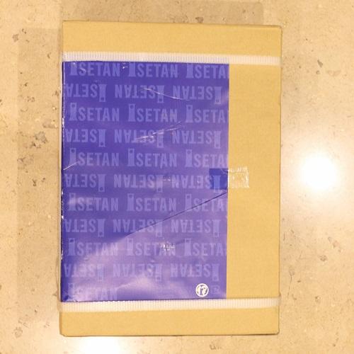 伊勢丹タータンシードルの箱