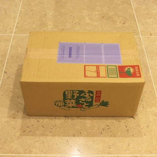 安納芋の箱