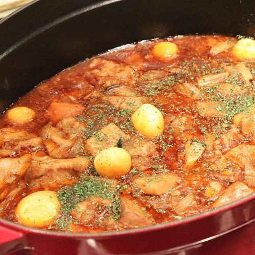 ハプナの豚バラ肉のビール煮込み