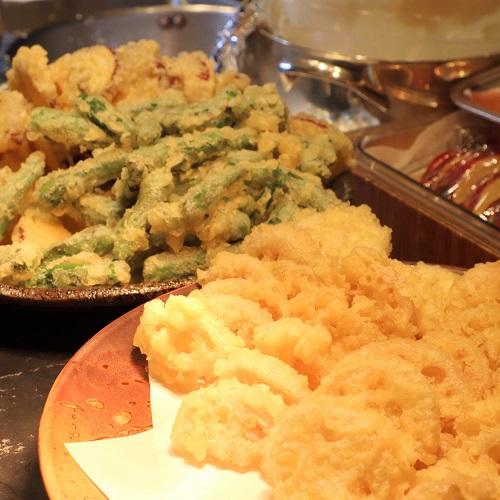 季節野菜とズワイ蟹の天婦羅