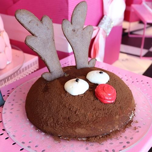 トナカイのチョコレートケーキ