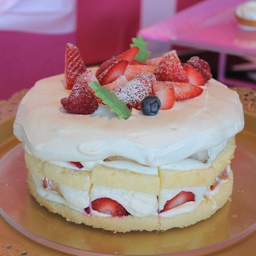 バニラクリームケーキ