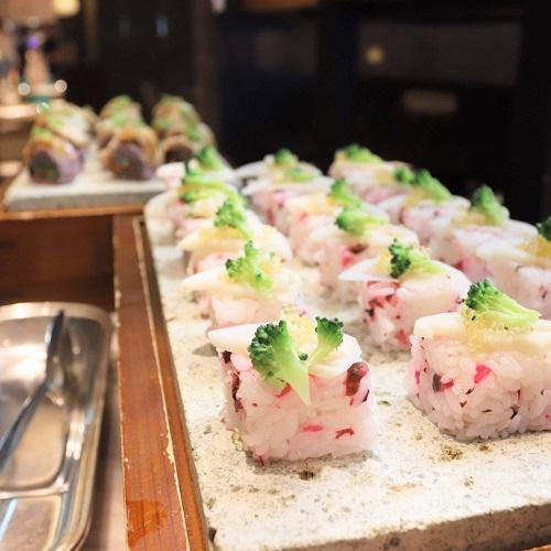 野菜と柴漬けの押し寿司