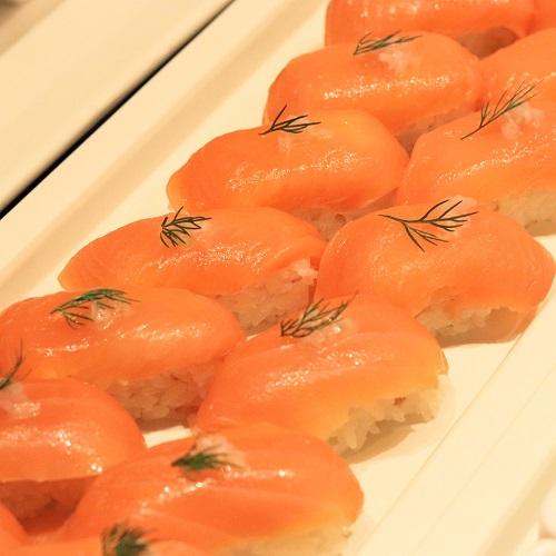 北海道産サーモンの握り寿司風