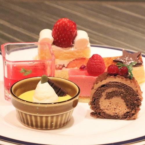 横浜ベイシェラトンのビュッフェ|デザート盛り