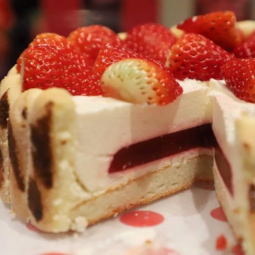 マーブルラウンジのケーキの中身