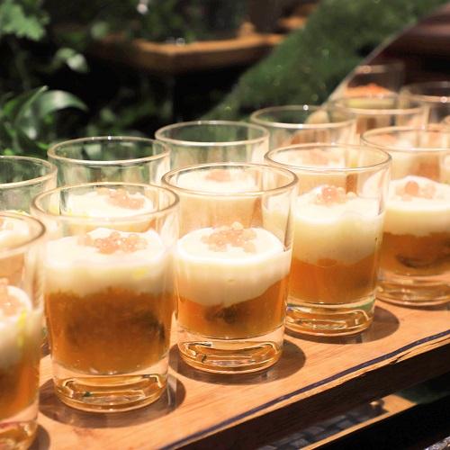 コンラッド東京『セリーズ』ムール貝のビール蒸し